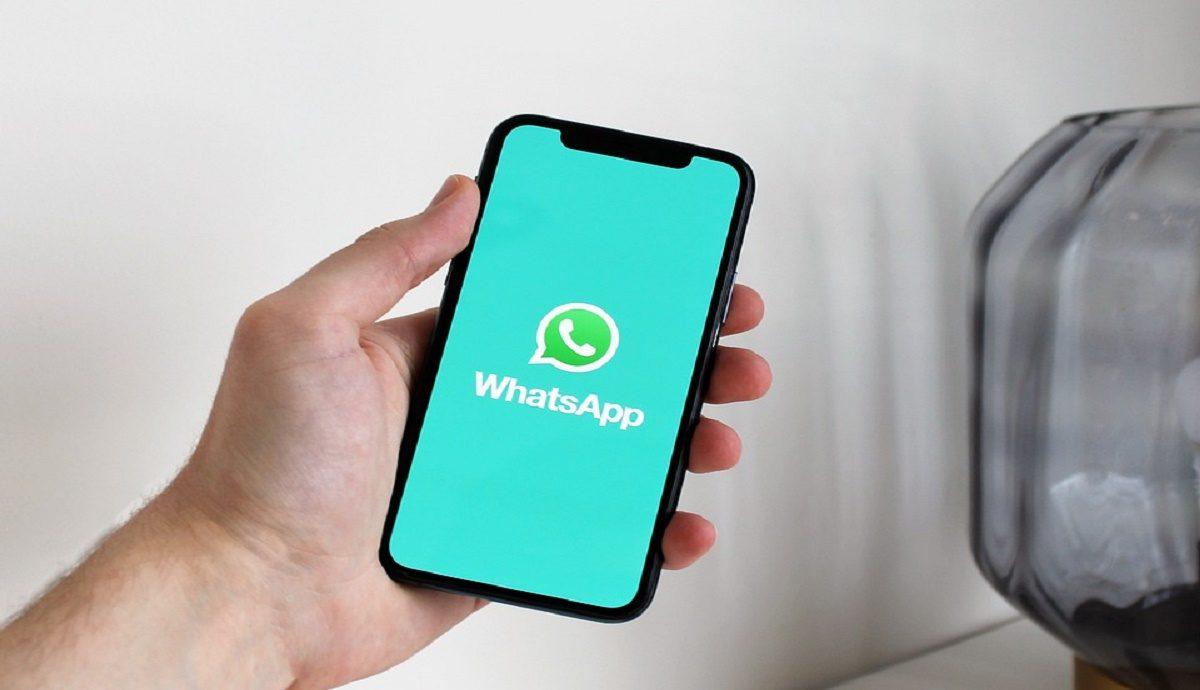 Bloquea a un desconocido en WhatsApp